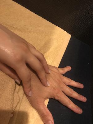 浅草・メンズエステ「アロマケリー」の手技