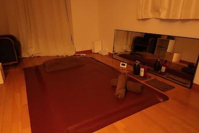 新宿メンズエステ「アロマンティック」のマッサージルーム